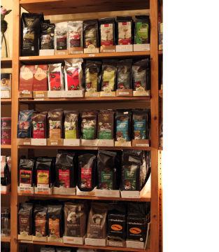 Sortiment_Kaffeeregal_Frank_IMG_1881_kl